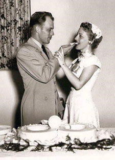 Faye and Arlie Price, Sr. at their wedding